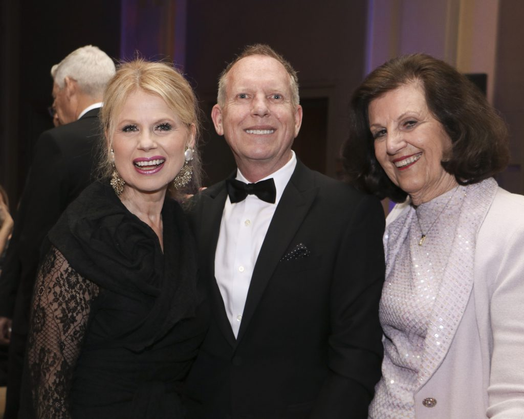 Kitty O'Neal, Allan Robin, Jeanne Reaves at the Broadway Sacramento Gala May 4, 2019